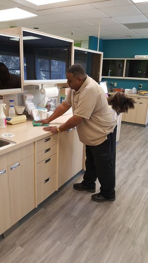 Janitorial Services in Vallejo, CA (4)